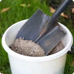 Как ухаживать за вишней? Вишне для нормального роста и развития нужны органические и минеральные удобрения.